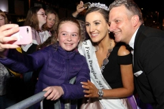 Time for a selfie with the newly crowned Mary from Dungloe Roisin Maher and her escort (and partner) Danny Shirreff.